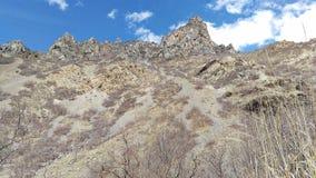 板岩峡谷崎岖的峰顶  免版税库存照片