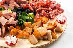 板材板用肉和乳酪 在意大利样式的宴会 免版税图库摄影