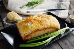 板材用啤酒面包鲜美大面包  免版税库存图片