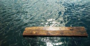 板条在水中 免版税库存图片