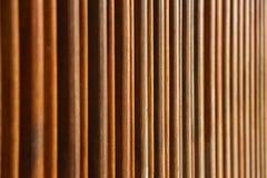 板条格栅木太阳树荫线样式 免版税图库摄影