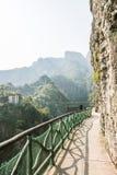 板条路和索桥 免版税库存图片