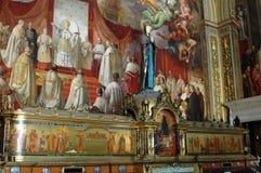 板刻在一个大教会里在意大利 免版税库存照片