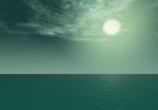 极光-在海运展望期之上的深青色日落 库存照片