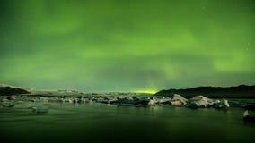 极光Borealis在Jokulsarlon冰川盐水湖冰岛 股票录像