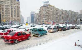 极其降雪-交通堵塞 免版税库存图片