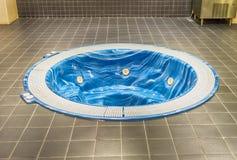 极可意浴缸在阵营Nou体育场内,巴塞罗那,卡塔龙尼亚,西班牙 免版税图库摄影