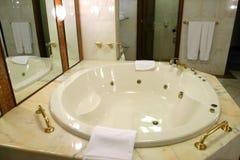 极可意浴缸 库存图片