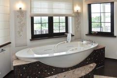 极可意浴缸空间 图库摄影