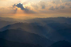 极大的山山国家公园发烟性日出田纳西美国 免版税库存图片