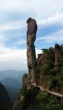 极大的岩石 库存照片