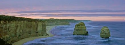 极大的海洋路日出 库存图片