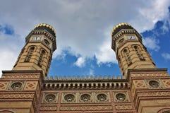 极大的犹太教堂在布达佩斯匈牙利 免版税库存图片