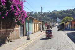 构想在萨尔瓦多的de阿塔扣村庄  免版税库存照片