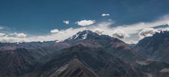 构成山自然范围阳光 免版税库存照片