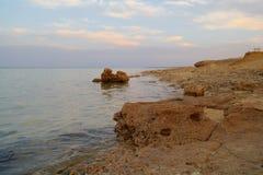构成本质岩石海运日落 红海,埃及 库存照片