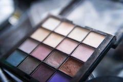 构成的调色板,化妆用品,专业工具 豪华 免版税库存图片