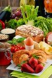 构成以有机食品产品品种  免版税库存照片