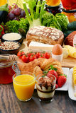 构成以有机食品产品品种  免版税图库摄影