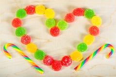 构筑冰糖背景五颜六色的甜点  图库摄影