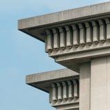 结构蓝色详述天空摩天大楼 免版税库存照片