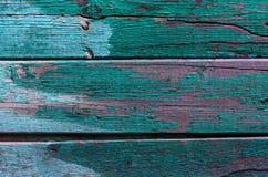 构造剥在一个木板的绿色油漆总体上构筑 库存图片