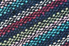 构造织法羊毛螺纹黑,白色,蓝色,红色 免版税库存照片