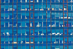 结构巴塞罗那详细资料玻璃现代办公室摩天大楼钢 库存图片