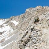 林务员通过,内华达山脉 免版税库存图片