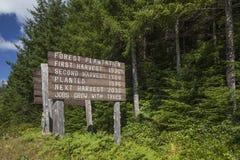 林场信息标志 免版税库存照片