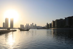 巴林日落地平线麦纳麦 免版税库存照片