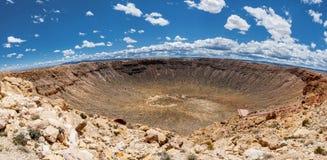 巴林杰陨石坑全景,在温斯洛,亚利桑那,美国 免版税库存照片
