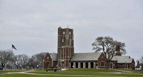 林肯公园Fieldhouse和尖沙咀钟楼 免版税库存照片