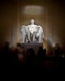 林肯和游人 免版税图库摄影