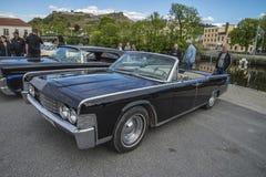 1965年林肯大陆4个门敞篷车 免版税库存照片