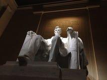 林肯纪念堂内部在晚上 库存照片