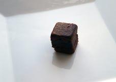 果仁巧克力蛋糕 库存图片