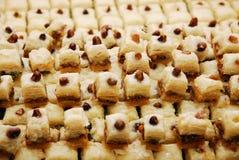 果仁蜜酥饼甜点 库存照片