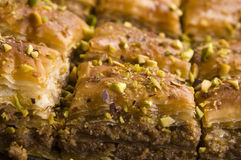 果仁蜜酥饼-传统甜沙漠 免版税库存图片