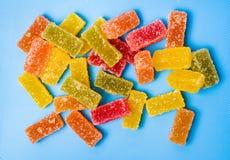 果冻在切板的糖果片 免版税库存照片