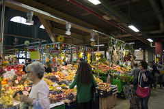水果和蔬菜商店 库存图片