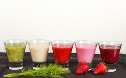 水果和蔬菜圆滑的人早餐 图库摄影