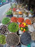 水果和蔬菜在亚洲市场上 免版税库存图片