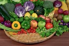 水果和蔬菜有机为健康 免版税图库摄影
