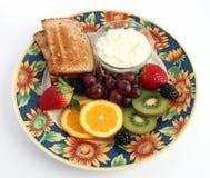 果子、酸奶干酪和简单的多士 免版税库存照片
