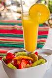 果子和汁液早餐 库存照片