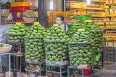 果子商店,大叻市市场,越南 免版税图库摄影