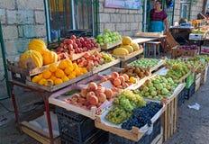 果子在市场上在Derbent 免版税图库摄影