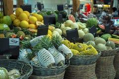果子巨大选择被看见在一个市场上在购物中心曼谷,泰国 库存图片