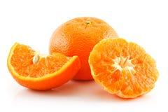 果子查出的成熟被切的蜜桔白色 库存图片